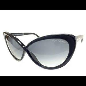 Tom Ford Madison Cateye Sunglasses 63mm Black